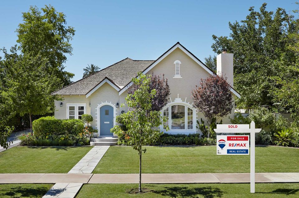 REMAX house
